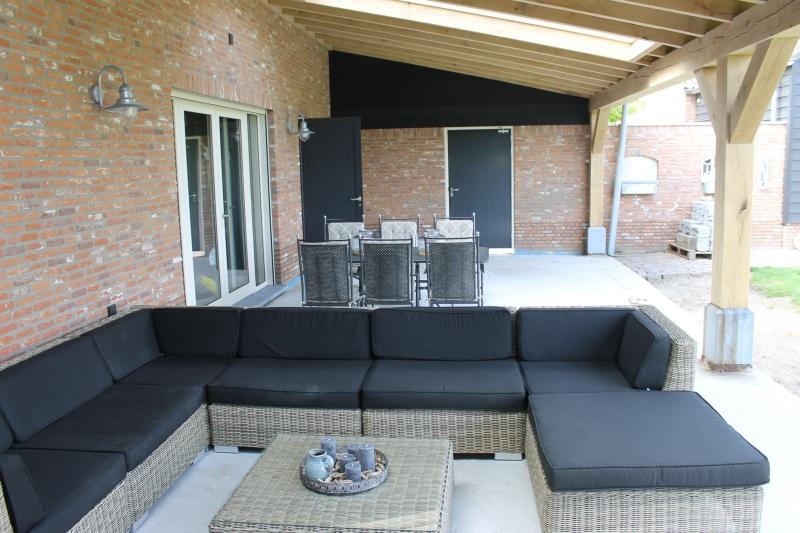 Houten veranda 39 s eiken terrasoverkappingen afdak sloophout - Terras van huis ...