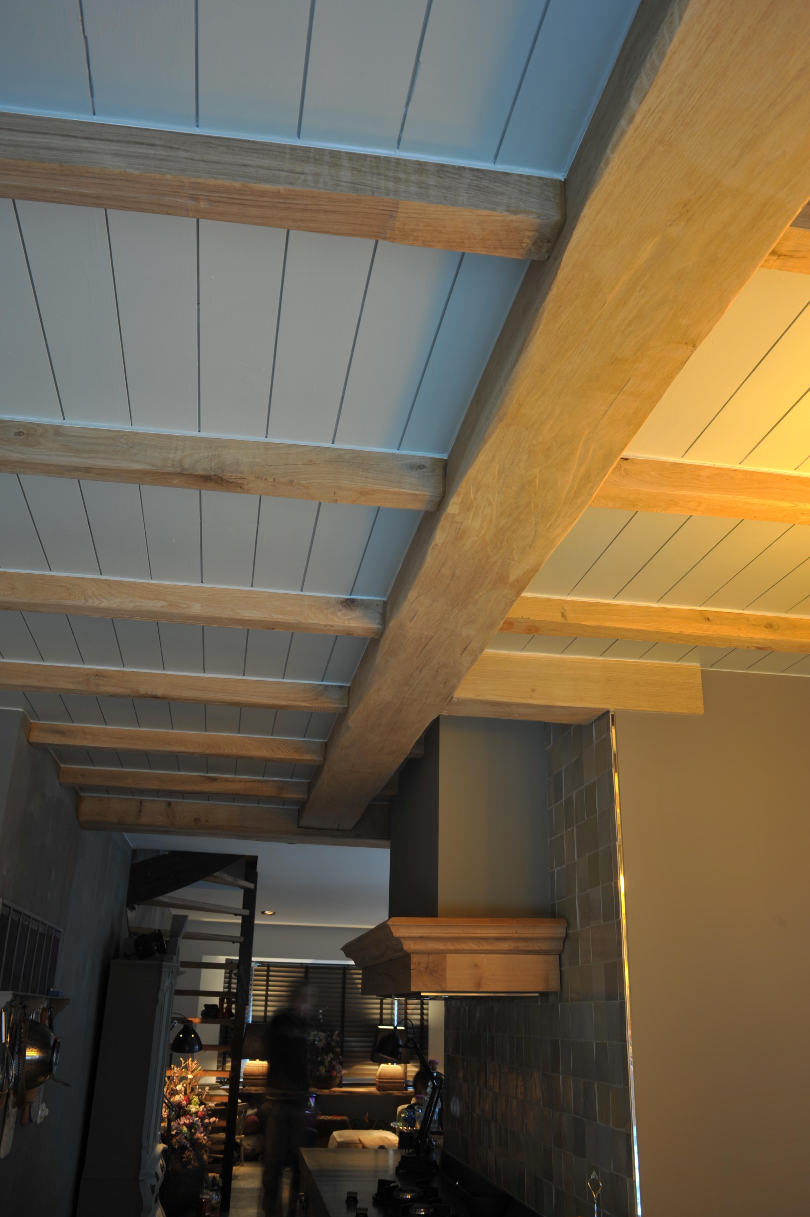Balkenplafonds van hout, houten balken plafonds voor keuken en ...